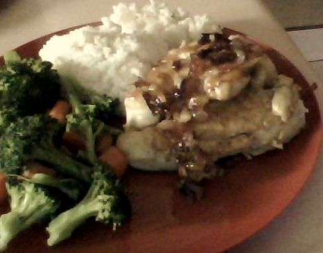 deliciously moist chicken breast w/caramelized onion