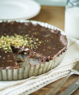 Milk Chocolate Pistachio Tart (low fat martha stewart)