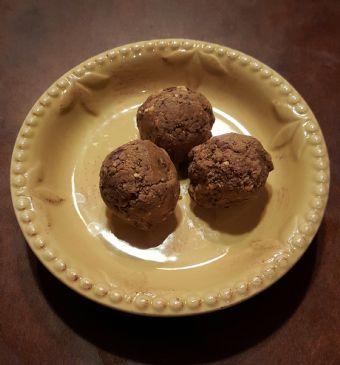 PB Chocolate Chia Snacks