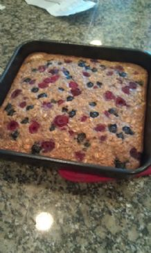 Oatmeal Bake with blueberries and bananas