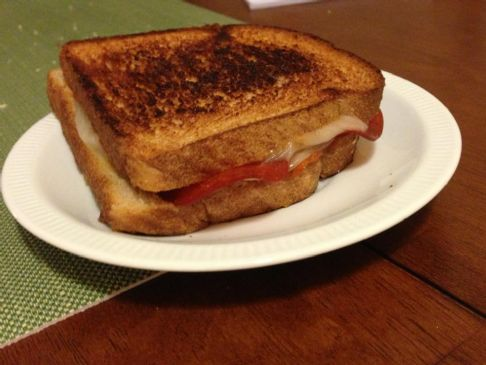 pepperoni grilled cheese sandwich