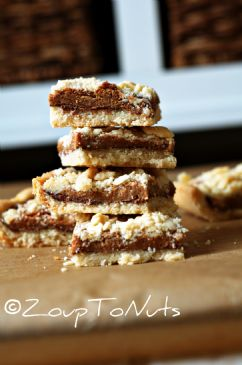 Caramel Nutella Crumble Bars