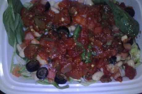 Lettuce/Spinach/Bean Salad with Salsa