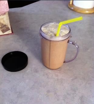 coffee slimfast smoothie in magic bullet
