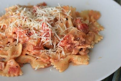 Steak with Tomato-Bacon Pasta **Low Fat