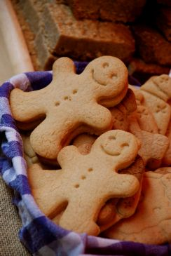 Gingerbread Men (no Frosting)