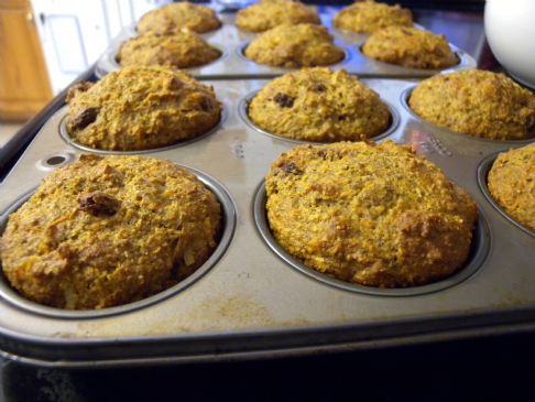 Flax Carrot Raisin Muffins