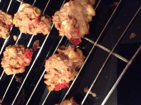 CHERRY BLOSSOM WALNUT & CHOCOLATE DROP OATMEAL COOKIES