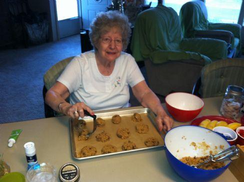 grandma's ultra peanut butter cookie