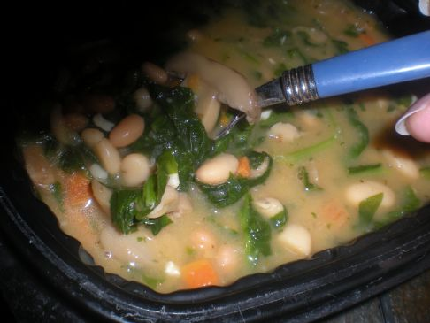 Slow Cooker Italian White Bean, Chicken, Spinach Soup