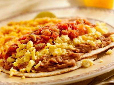 Scrambled Eggs with Black Beans and Salsa