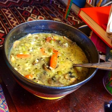 SAVORY CREAMED SPLIT PEA AND MUSHROOM SOUP